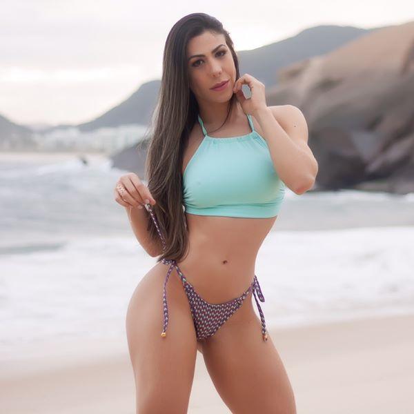 Cassia Figueiredo Foto Biquini Moda Praia