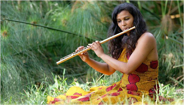Flautista Solehya - Aliança Francesa Porto Alegre