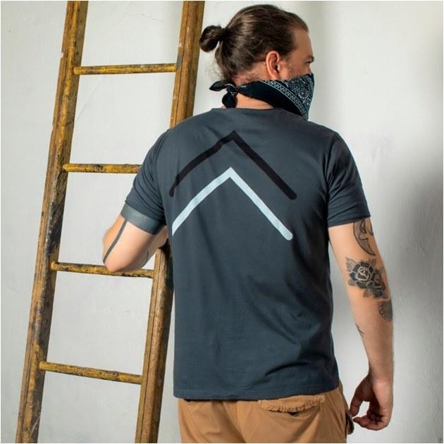 Camisetas DEC82 - T-shirts Moda Masculina- DEC82 Camiseteria