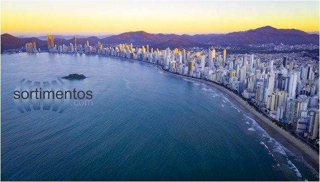 Turismo - Balneário Camboriú - balneabilidade das praias - Sortimentos.com