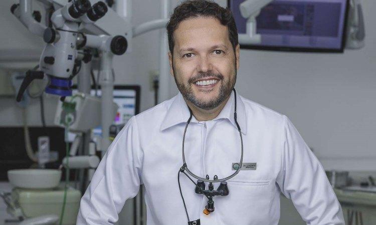 Dentista Luciano Martins - Sortimentos.com Saúde Bucal